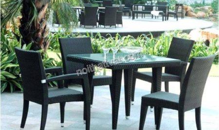 Tham khảo 3 ý tưởng bố trí bàn ghế sân vườn đẹp mắt