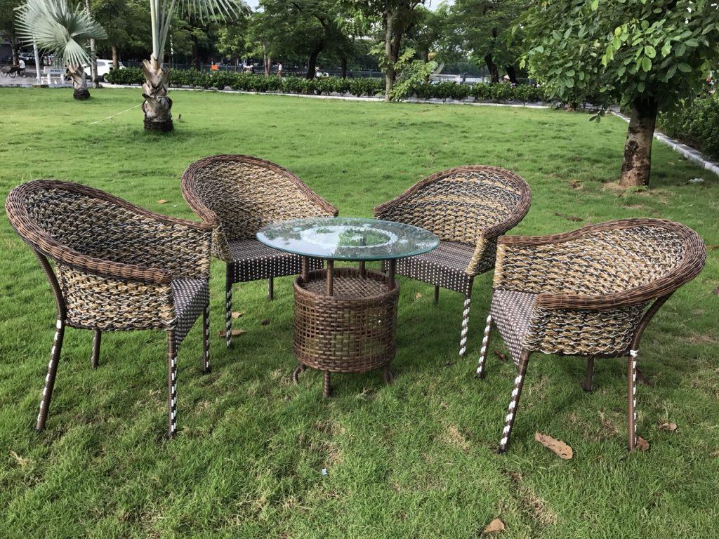 Những tiêu chí cơ bản khi lựa chọn bàn ghế sân vườn