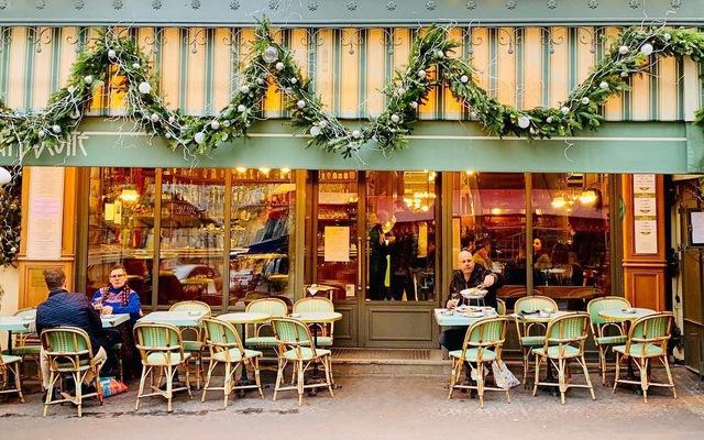 Bí quyết kinh doanh quán cà phê vỉa hè dành cho bạn