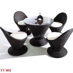 Bàn ghế sân vườn TV 092