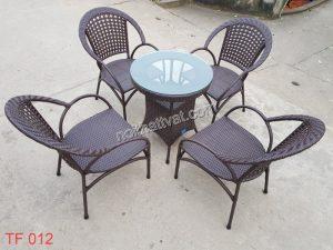Bàn ghế Cafe – Phong cách mới cho quán thêm sang trọng.